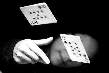 Фолд в покере лого